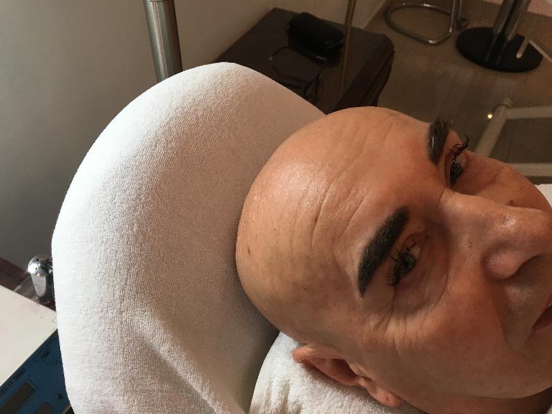 Permanent Make Up Augenbraue Mann